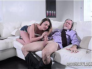 nubile Brooke Wylde Role play with elderly dude
