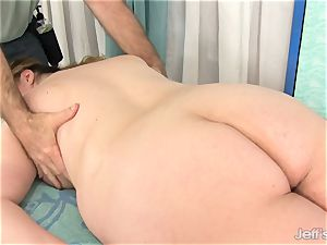 plus-size Gets Her figure, vulva and butt groped