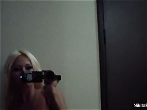 Home movie taunt with red-hot blond Nikita