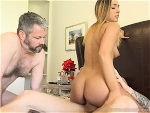 Jaye Summers hubby Does What She Wants To satiate Her