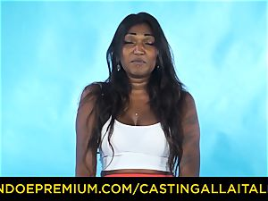 casting ALLA ITALIANA - Indian babe gets yam-sized stiffy ass fucking