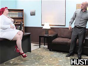 red-haired bbw Eliza Allure jizz smeared after office intercourse