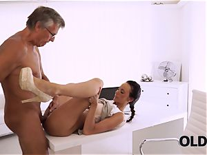 OLD4K. perfect secretary tempts senior boy to get another promotion