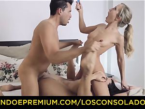 LOS CONSOLADORES - fabulous blondes raunchy four-way