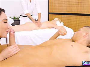 masseuse Karlee Grey lubes herself up and thrashed in the puss