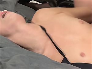 Aspen Ora and India Summer share a rock hard pulsating dick