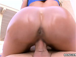 big ass Brandi love rails her edible cootchie on top