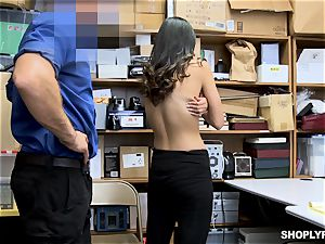 Emily Willis enjoys a deep cunny striking from strung up mall cop
