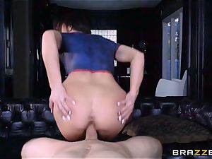 Frustrated Jennifer milky rides Bill Bailey for a steamy facial