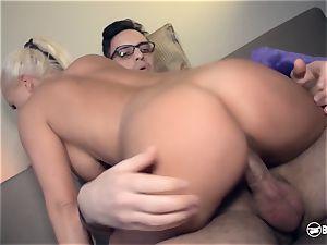 cabooses BESUCH - blondie German pornography starlet penetrates crazy aficionado