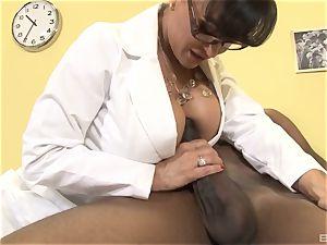 Lisa Ann beautiful milf doc