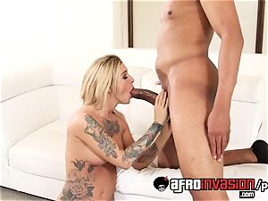 Kleio pummeled her dark-hued step brother
