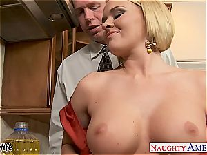 Krissy in the kitchen gargle and humps until his knob gushes