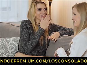 LOS CONSOLADORES - elastic culo chick plows beau and girlfriend