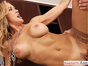 cougar sex tutor Brandi enjoy smashing a humungous bone