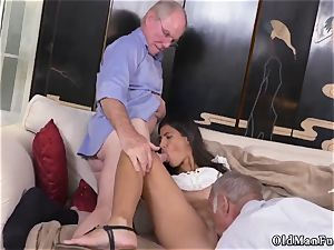 horny older mummy and man gets blow-job first time Going South Of The Border