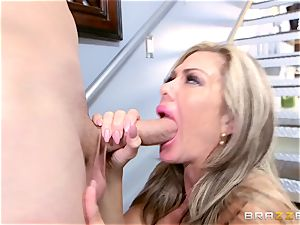 Smoking super hot Nina Dolci jammed firm by Sean Lawless