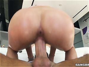 Adria Rae fucked in her wet minge